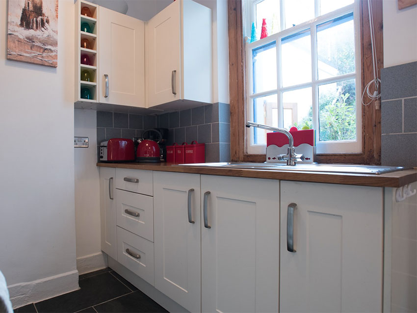 old-coatguard-station-kitchen
